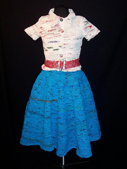 В каталоге Схему и рисунок вязание платья и Вязание для детей.