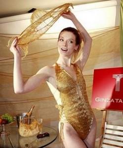купальник из золота