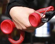 Старый телефон – лучший подарок любителям новинок