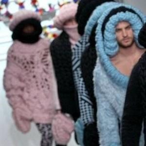 Вязаная мужская одежда с Недели мужской моды в Лондоне