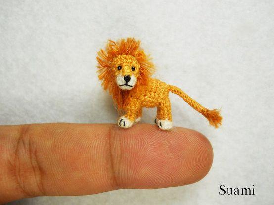 Небольшие вязаные игрушки