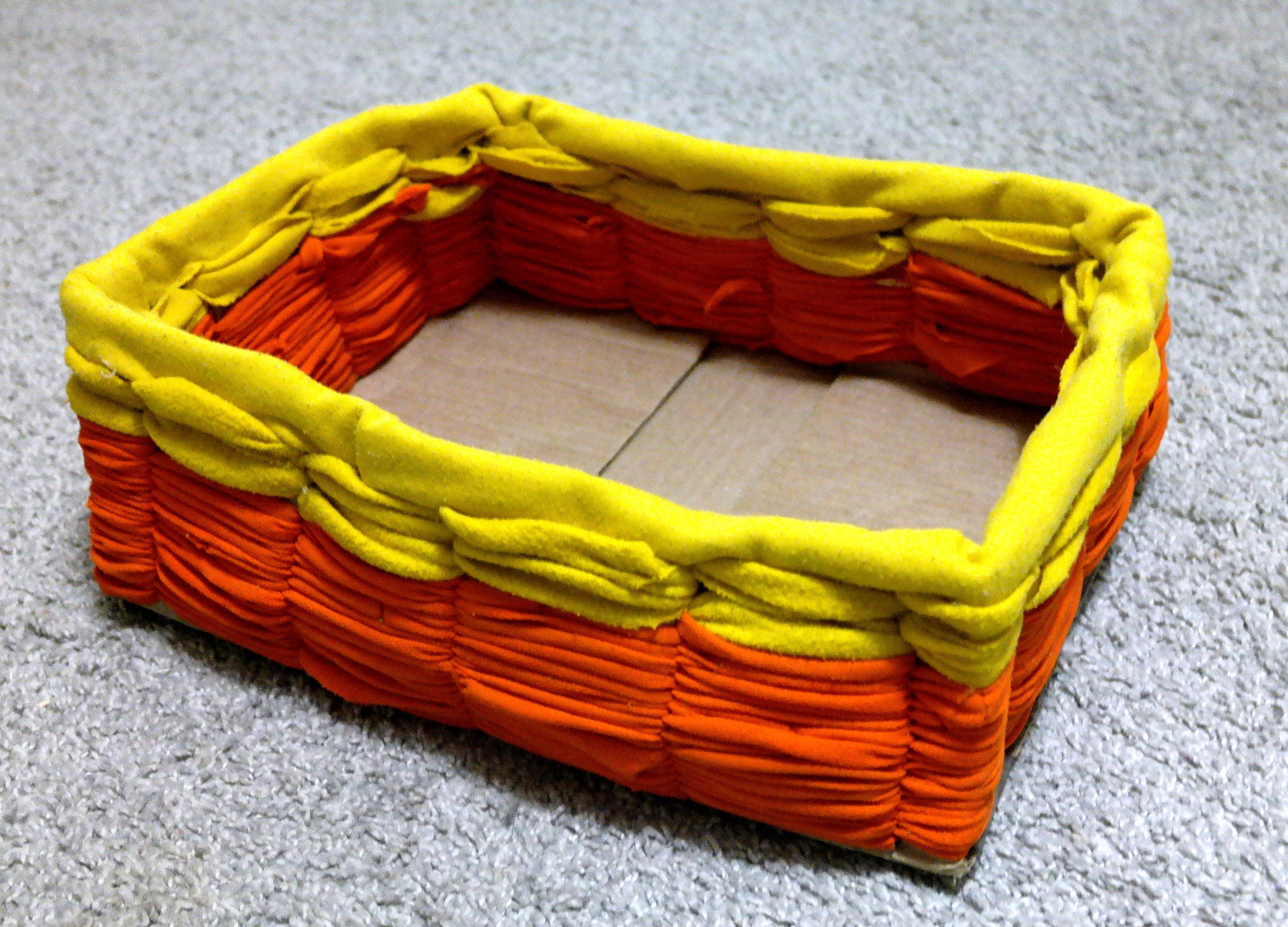 Коробка, декорированная трикотажем