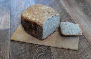 Ржаной хлеб с чесноком в хлебопечке
