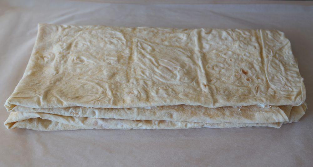 Сладкая запеканка из лаваша и творога на сковороде