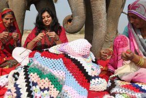 Загадочные картинки: вязание для слонов спицами или крючком?